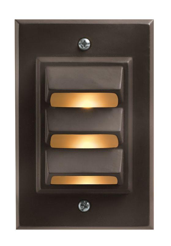 Hinkley Lighting H1542 12v 12w Die-Cast Aluminum Vertical Deck / Rail Sale $41.50 ITEM#: 561446 MODEL# :1542BZ UPC#: 640665154245 :