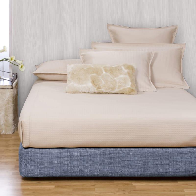 Howard Elliott Coco Sapphire Platform Bedroom Set Sapphire 66%